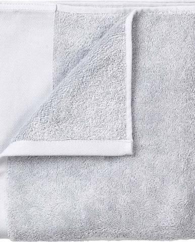 Sada 4 světle šedých ručníků Blomus. 30x30cm